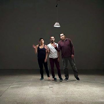 """""""Escribiendo"""", una crítica a la danza y al teatro en Bolivia"""