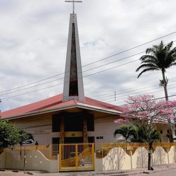 La Parroquia de San Martin de Porres está de fiesta, con feria de comidas y gran rifa.