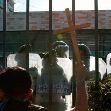 Iglesia de Nicaragua condena y deplora violencia contra manifestación.