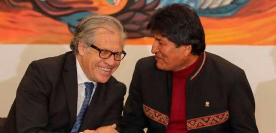 En chile, Almagro «se enreda» al explicar por qué apoya la reelección de Evo.