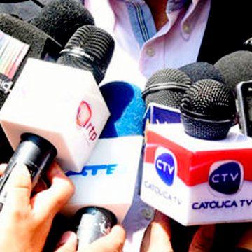 Ser periodista.