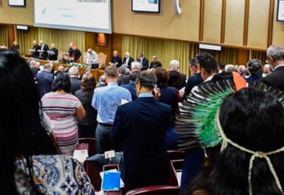 Diaconisas para la Amazonía, entre las propuestas en el vaticano