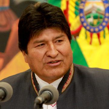 Evo pide levantar el paro debido a la auditoría de la OEA, Todos Santos y el fútbol