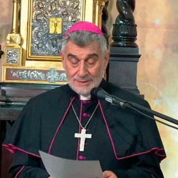Mons. Sergio Gualberti, habla a la Iglesia de Santa Cruz de la Sierra