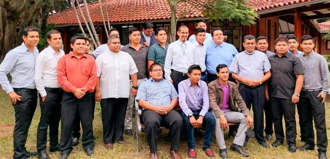 Inauguran año académico 2021 en el seminario Mayor San Lorenzo.